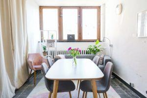 Jadalnia ze stołem prostokątnym