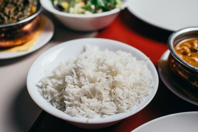 Biały ryż długoziarnisty